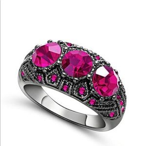 Jewelry - NEW women's ruby and black gold ring sz 7.5